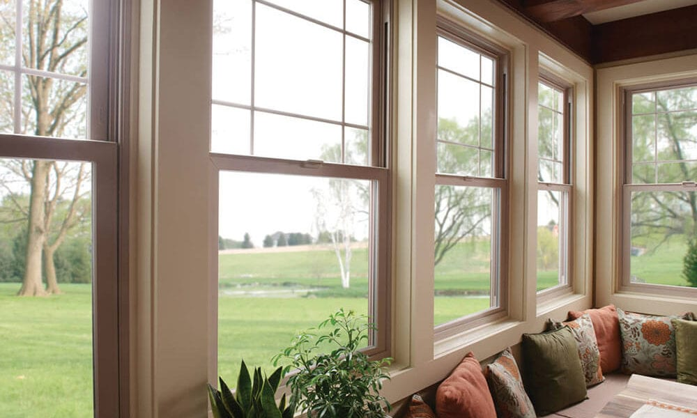 white colored double window 1000x600